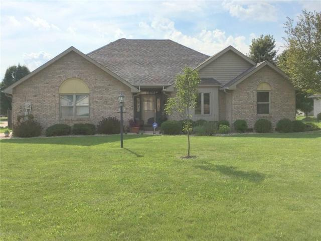 823 Lindsay Lane, Anderson, IN 46012 (MLS #21588714) :: Mike Price Realty Team - RE/MAX Centerstone
