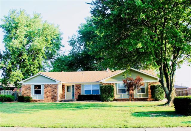 1781 Michele Lane, Greenwood, IN 46142 (MLS #21589267) :: Heard Real Estate Team   eXp Realty, LLC