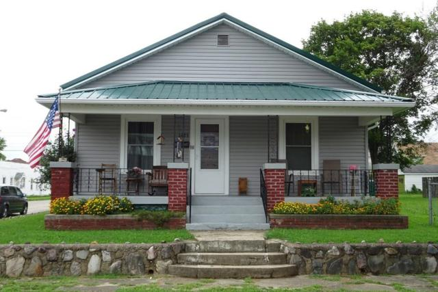 1425 S 19th Street, New Castle, IN 47362 (MLS #21590064) :: The ORR Home Selling Team