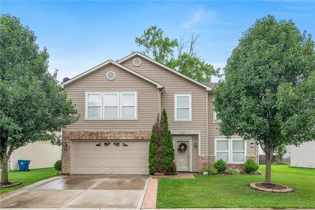 3284 Cork Bend Drive, Indianapolis, IN 46239 (MLS #21590118) :: Mike Price Realty Team - RE/MAX Centerstone