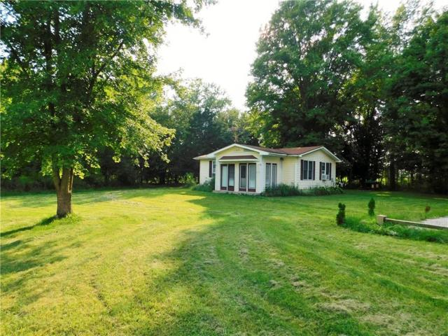 7216 Lower Lake Drive, Martinsville, IN 46151 (MLS #21590328) :: Mike Price Realty Team - RE/MAX Centerstone