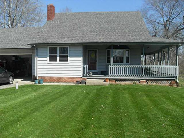 4525 S 600 West, New Palestine, IN 46163 (MLS #21590564) :: The Indy Property Source