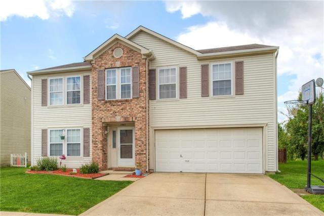 2302 Edgewater Circle, Plainfield, IN 46168 (MLS #21590757) :: FC Tucker Company
