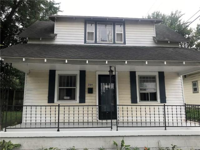 209 E 23rd Street, Anderson, IN 46016 (MLS #21591571) :: The Evelo Team