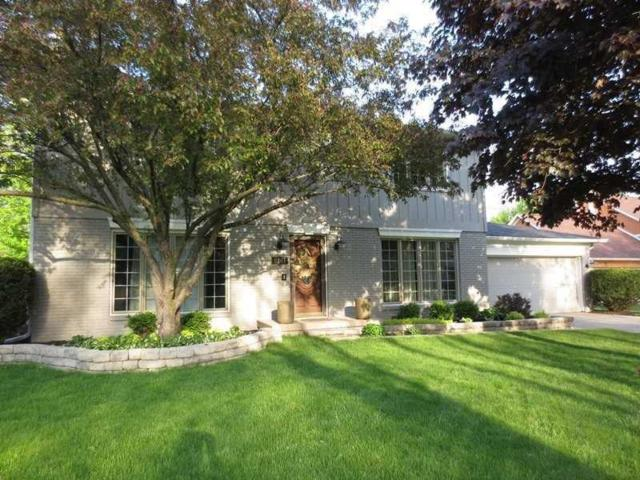 9261 Colgate Street, Indianapolis, IN 46268 (MLS #21592874) :: The Evelo Team