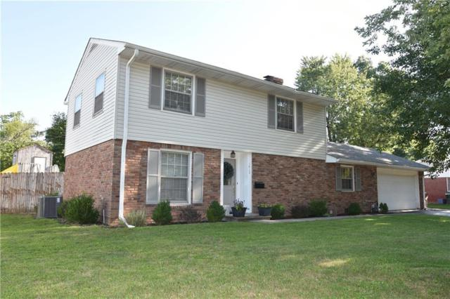 1412 Crescent Drive, Columbus, IN 47203 (MLS #21593386) :: The Evelo Team