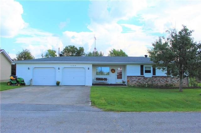 1099 E Pleasant Drive, Greensburg, IN 47240 (MLS #21593884) :: Mike Price Realty Team - RE/MAX Centerstone