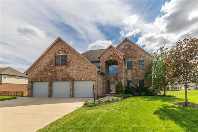 1035 White Oak Drive, Plainfield, IN 46168 (MLS #21594559) :: Mike Price Realty Team - RE/MAX Centerstone