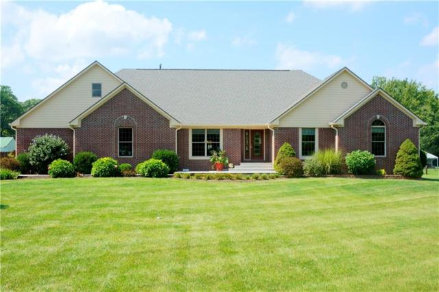 9324 N Oak Creek Drive, Mooresville, IN 46158 (MLS #21596328) :: Mike Price Realty Team - RE/MAX Centerstone