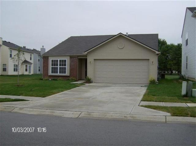 4450 Bellchime Drive, Indianapolis, IN 46235 (MLS #21597208) :: Mike Price Realty Team - RE/MAX Centerstone