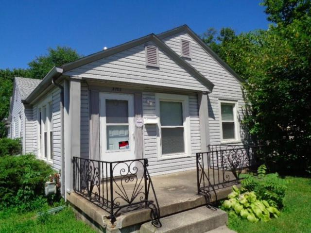 3702 Hillside Avenue, Indianapolis, IN 46218 (MLS #21598247) :: Mike Price Realty Team - RE/MAX Centerstone