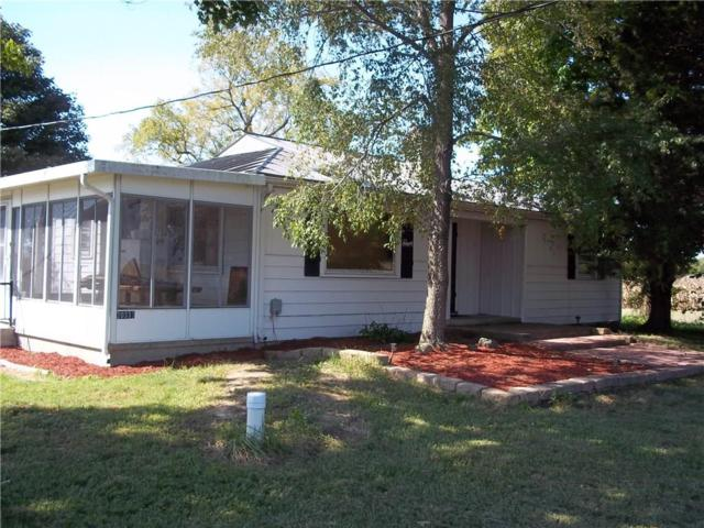 20333 N Jonesboro Road, Gaston, IN 47342 (MLS #21598493) :: The ORR Home Selling Team
