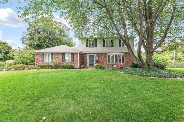 9043 Ironwood Court, Indianapolis, IN 46260 (MLS #21598584) :: Mike Price Realty Team - RE/MAX Centerstone