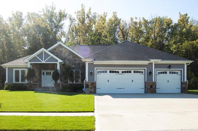 1993 Deer Creek Circle, Columbus, IN 47201 (MLS #21598612) :: Richwine Elite Group