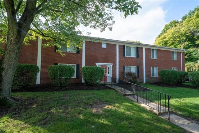 927 Hoover Village Drive A, Indianapolis, IN 46260 (MLS #21598987) :: Indy Scene Real Estate Team