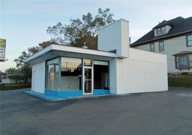 9 W Walnut Street, North Vernon, IN 47265 (MLS #21604468) :: The Evelo Team