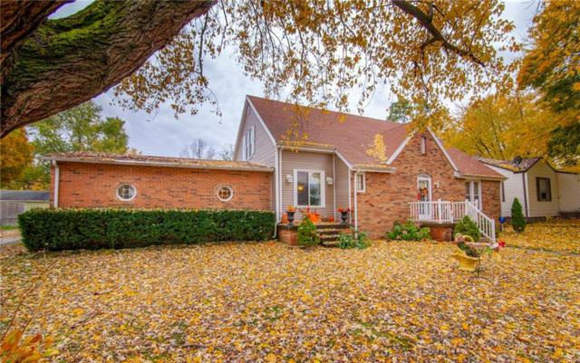 11 W 40th Street, Anderson, IN 46013 (MLS #21606456) :: The ORR Home Selling Team