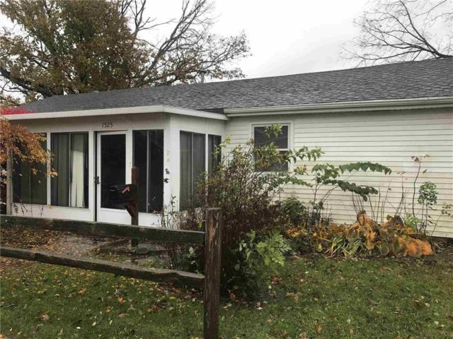 1525 N Jefferson Street, Hartford City, IN 47348 (MLS #21606941) :: The ORR Home Selling Team