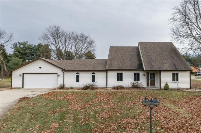 1985 Skyline Drive, Greenwood, IN 46143 (MLS #21611049) :: The Indy Property Source