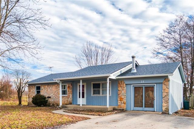 11 Kings Court, Mooresville, IN 46158 (MLS #21612982) :: Mike Price Realty Team - RE/MAX Centerstone