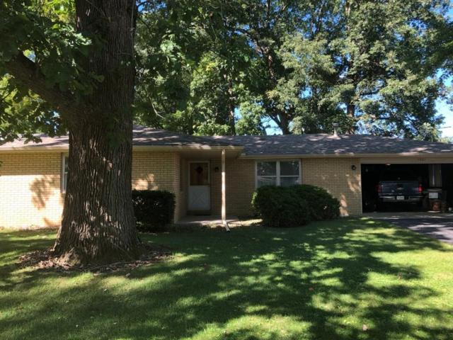 7901 S Maple Drive, Daleville, IN 47334 (MLS #21613682) :: The ORR Home Selling Team