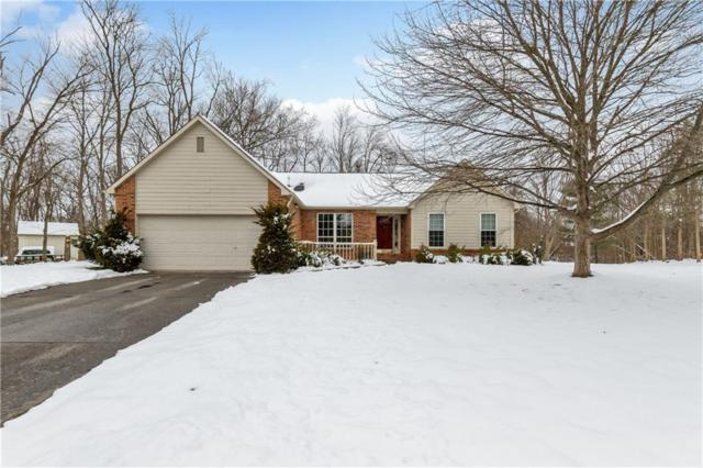 7825 Geist Bluff Drive, Indianapolis, IN 46236 (MLS #21614647) :: Mike Price Realty Team - RE/MAX Centerstone
