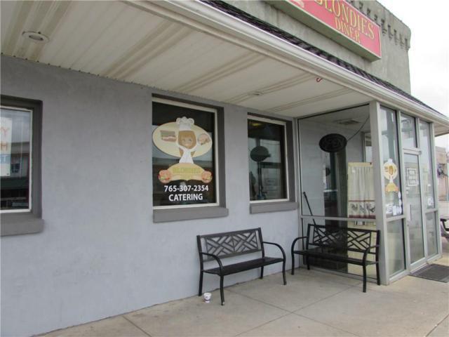 111 W Market Street, Crawfordsville, IN 47933 (MLS #21615298) :: The ORR Home Selling Team