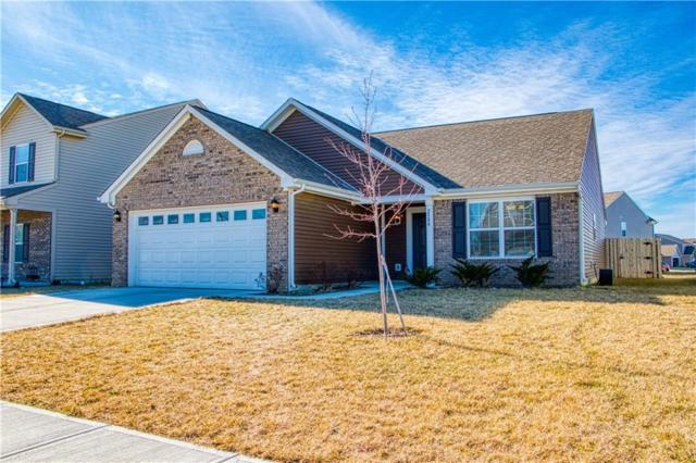 2584 Shadowbrook Trace, Greenwood, IN 46143 (MLS #21616149) :: Mike Price Realty Team - RE/MAX Centerstone