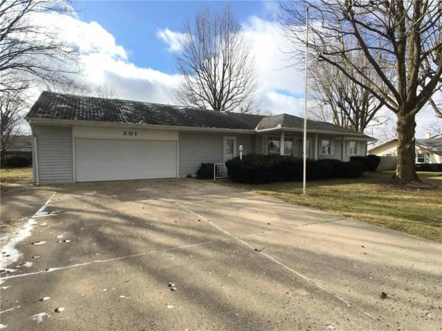 301 Roselawn Drive, New Castle, IN 47362 (MLS #21618101) :: The ORR Home Selling Team