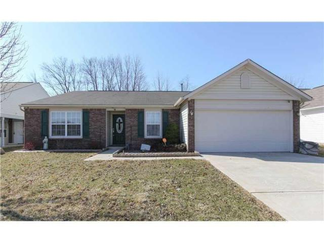 11311 Falls Church Drive, Indianapolis, IN 46229 (MLS #21618491) :: The ORR Home Selling Team