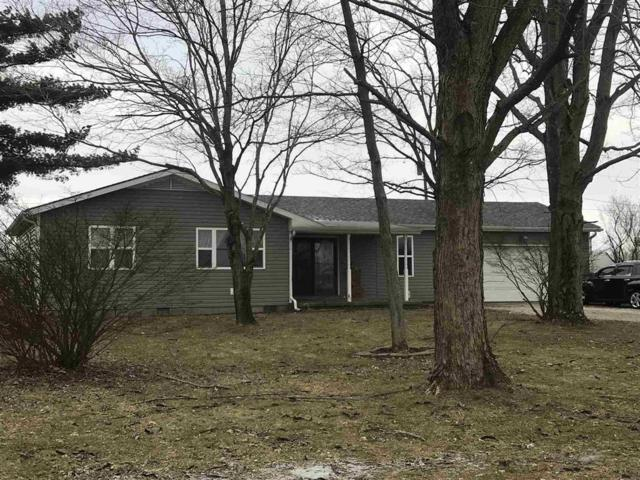 204 W 300 S, Hartford City, IN 47348 (MLS #21618729) :: The ORR Home Selling Team