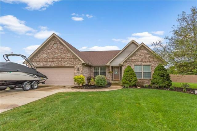 6929 W Rockwood Lane, New Palestine, IN 46163 (MLS #21618950) :: The Indy Property Source