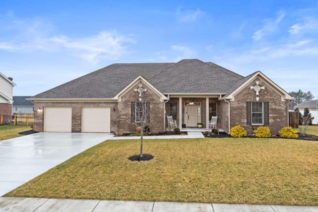 901 N Fox Berry Drive, Yorktown, IN 47396 (MLS #21618970) :: The ORR Home Selling Team