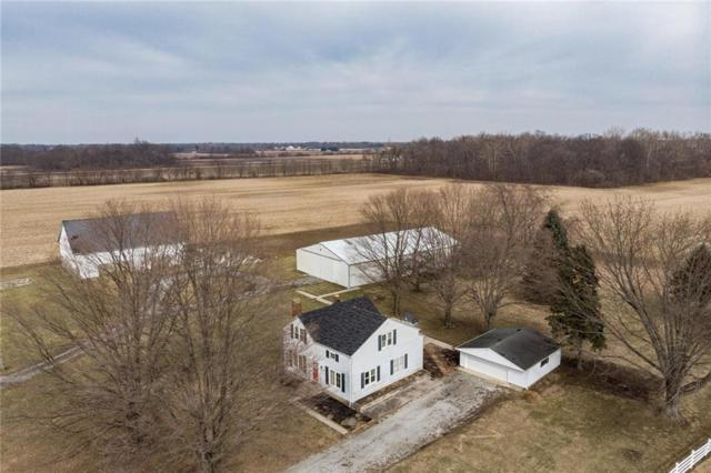 8683 N Fortville Pike, Fortville, IN 46040 (MLS #21619833) :: The Evelo Team