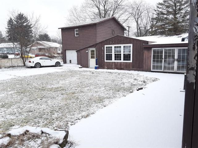 1121 S Burlington Drive, Muncie, IN 47302 (MLS #21622097) :: The Star Team | RE/MAX Realty Group