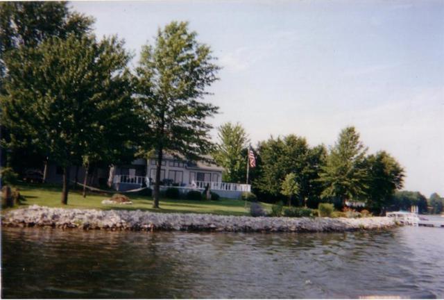154 Mill Springs, Coatesville, IN 46121 (MLS #21622505) :: The ORR Home Selling Team