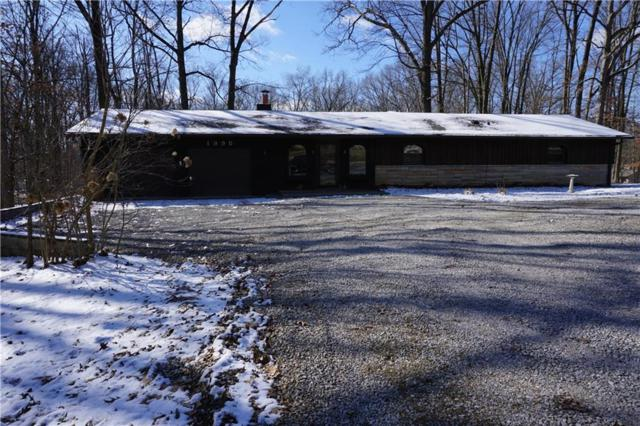 1395 N Shore Drive, Martinsville, IN 46151 (MLS #21625739) :: Mike Price Realty Team - RE/MAX Centerstone