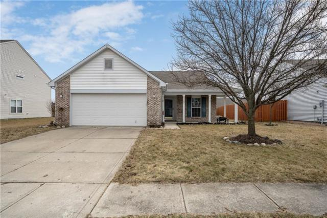 8107 Crumwell Drive, Avon, IN 46123 (MLS #21627010) :: Mike Price Realty Team - RE/MAX Centerstone