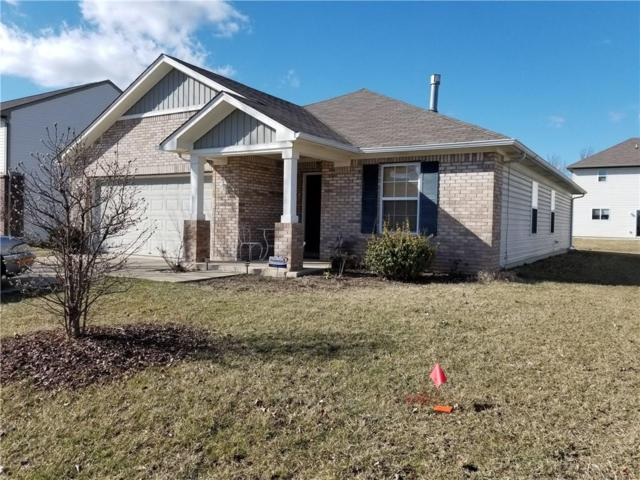 8206 Crumwell Drive, Avon, IN 46123 (MLS #21627239) :: Mike Price Realty Team - RE/MAX Centerstone