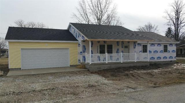 111 W Buchanan Street, Alexandria, IN 46001 (MLS #21627420) :: The ORR Home Selling Team