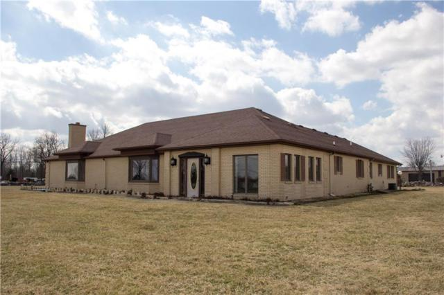 3912 W 25th Street, Anderson, IN 46011 (MLS #21627921) :: Mike Price Realty Team - RE/MAX Centerstone