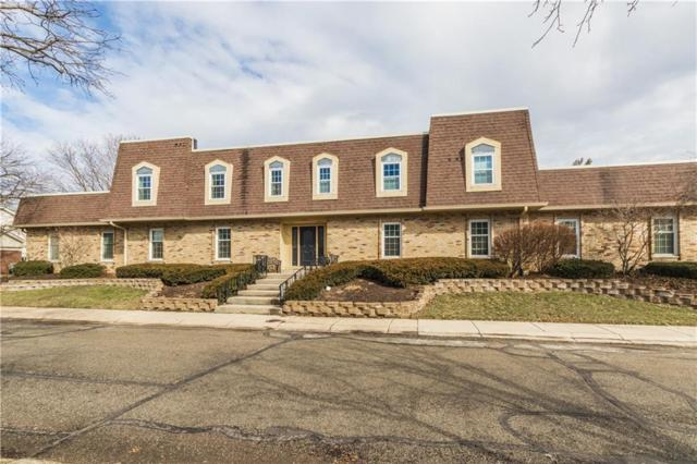 1306 Kings Cove Court, Indianapolis, IN 46260 (MLS #21627954) :: David Brenton's Team