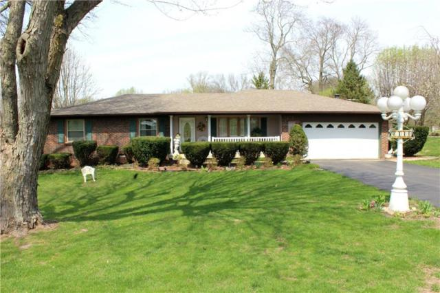 8440 Hilltop Lane, Martinsville, IN 46151 (MLS #21631766) :: The Indy Property Source