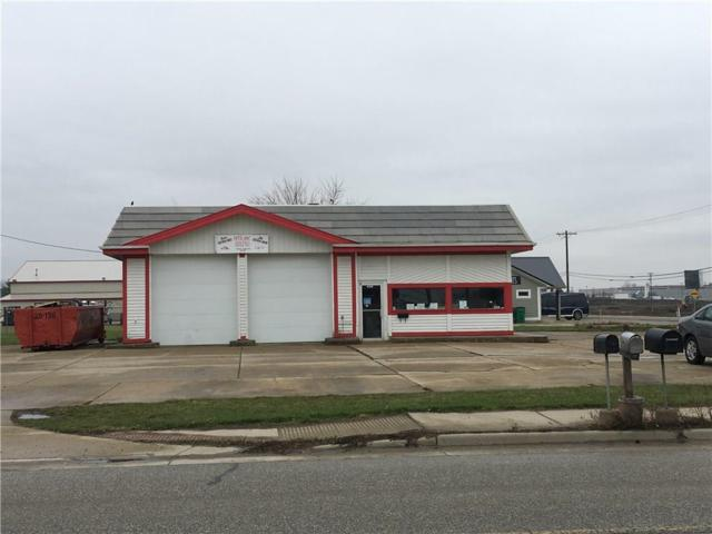 1401 W South Street, Lebanon, IN 46052 (MLS #21632107) :: David Brenton's Team