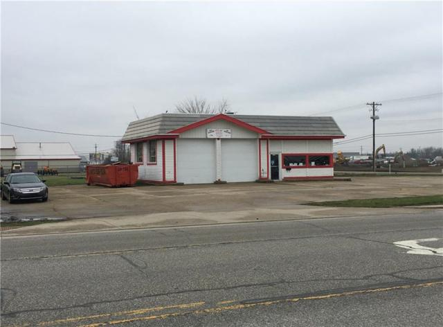 1401 W South Street, Lebanon, IN 46052 (MLS #21632116) :: David Brenton's Team