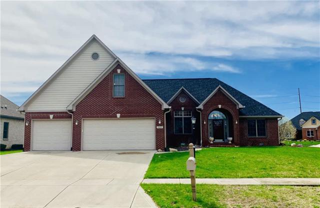 1602 Trainers Circle, Indianapolis, IN 46239 (MLS #21632481) :: Richwine Elite Group