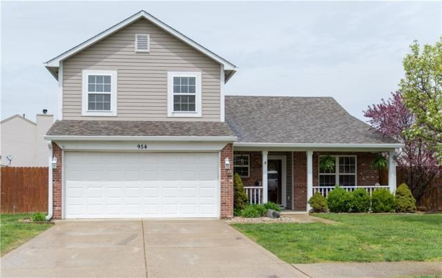 954 Foxtail Drive, Franklin, IN 46131 (MLS #21636186) :: David Brenton's Team