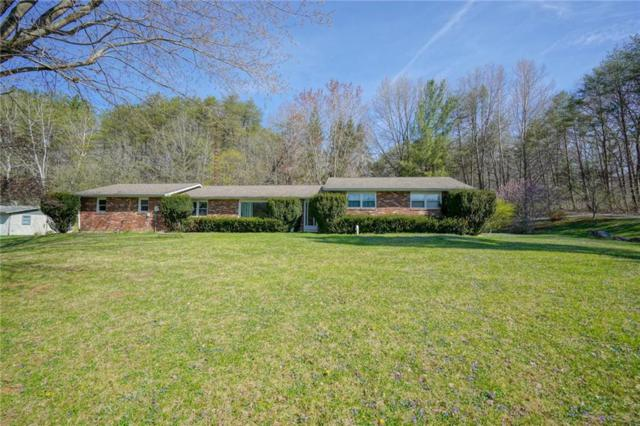 4220 State Road 46 E, Nashville, IN 47448 (MLS #21636225) :: Richwine Elite Group