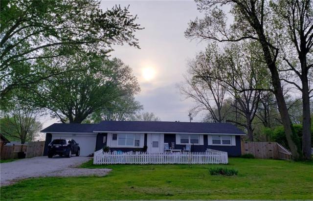 1336 S Nineveh Road, Franklin, IN 46131 (MLS #21636449) :: David Brenton's Team