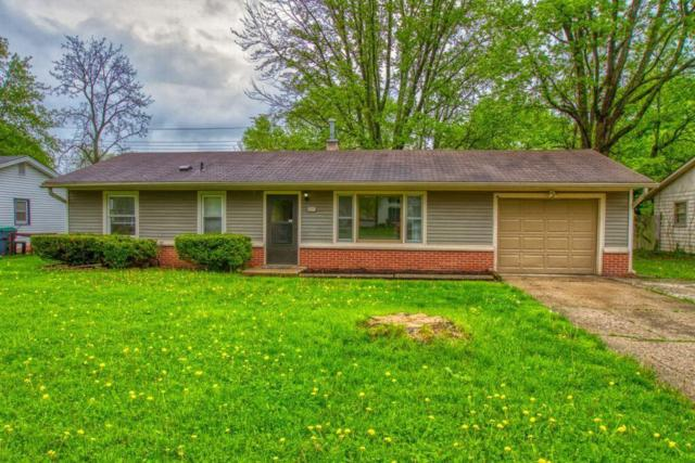 625 Howard Road, Greenwood, IN 46142 (MLS #21638148) :: David Brenton's Team
